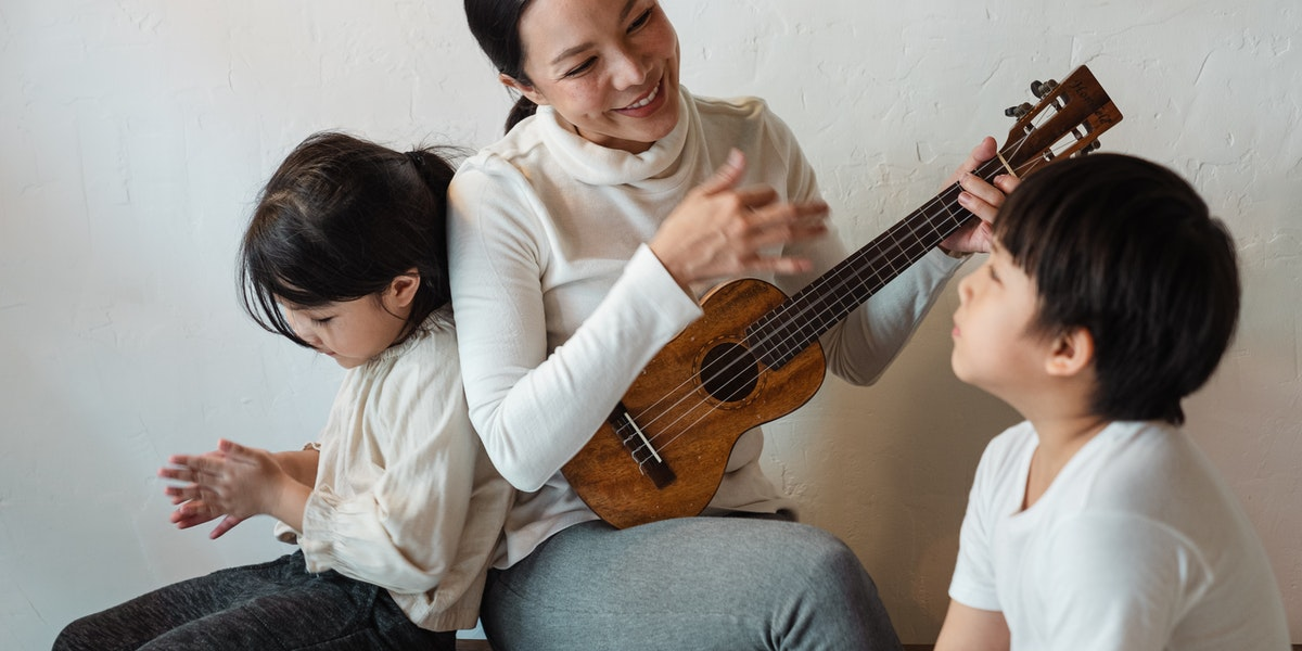 Teaching a Child to Play the Ukulele: Everything You Should Know